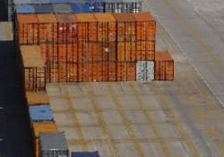 Fraudsters target buyers using container documents